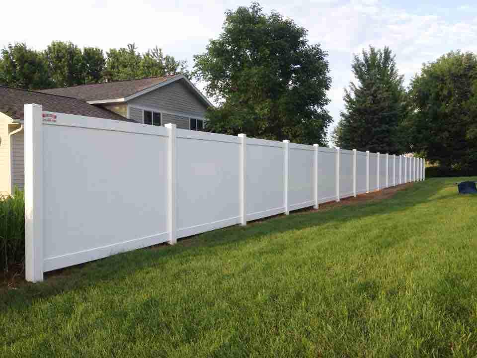 Vinyl Amp Pvc Fences Croix Area Fence
